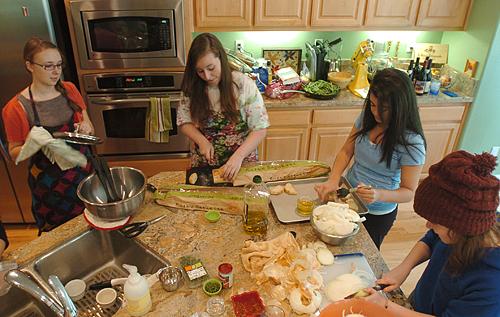 Öğrenci evinde yemek yapmak