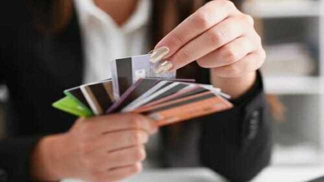 Kredi Kartı Seçerken Dikkat Edilmesi Gerekenler