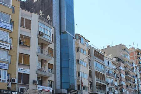 İzmir Gazi Ayşe Altıntaş Kız Yurdu