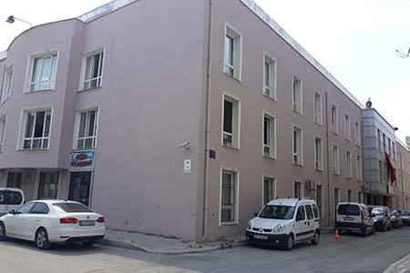 İzmir Hasan Tahsin Erkek Yurdu