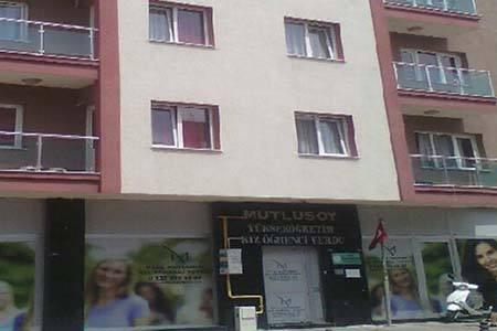 İzmir Mutlusoy Kız Öğrenci Yurdu